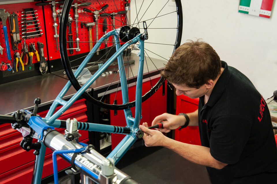 Lifecycle UK bicycle workshop with Cytech qualified technicians Essex and Suffolk